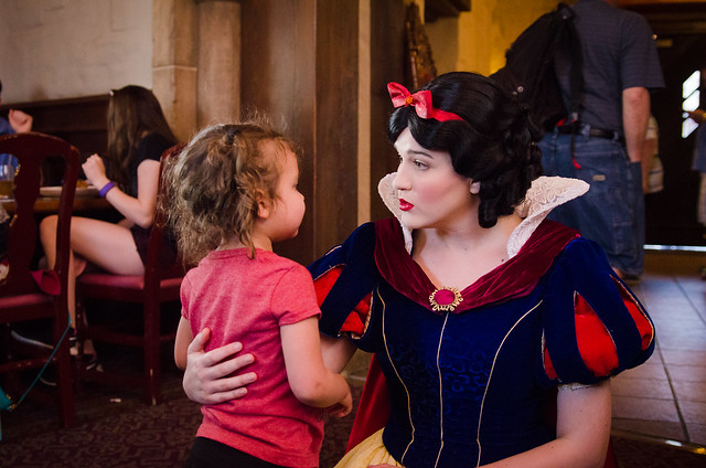 20160417-Disney-Vacation-Day-3-Epcot-Snow-White-0264