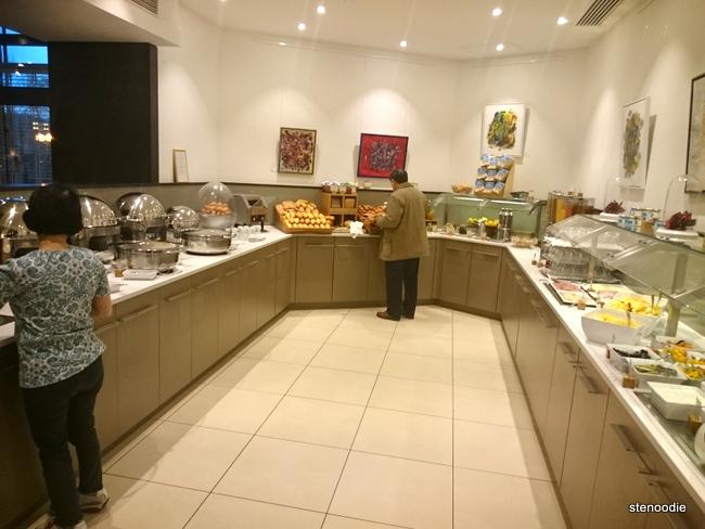 DoubleTree by Hilton Hotel Luxembourg breakfast