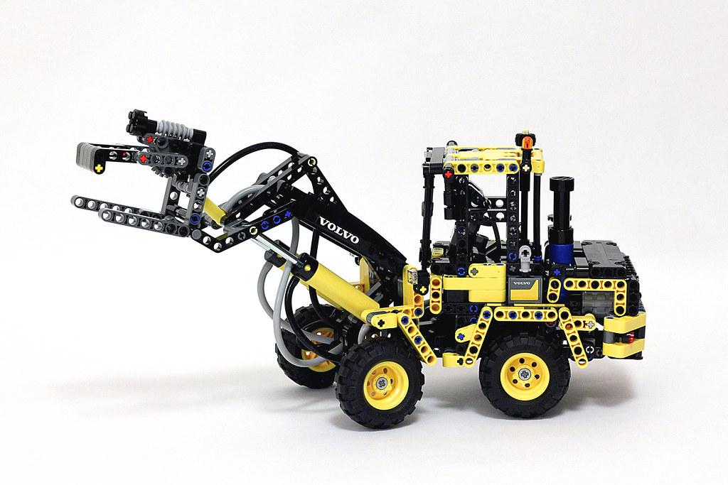 lego technic 42053 wheel loader volvo l30g a photo on. Black Bedroom Furniture Sets. Home Design Ideas