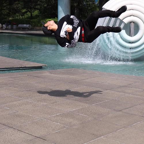 跳んだ! #photowalkthisway #actionadventure #redbull #photowalk