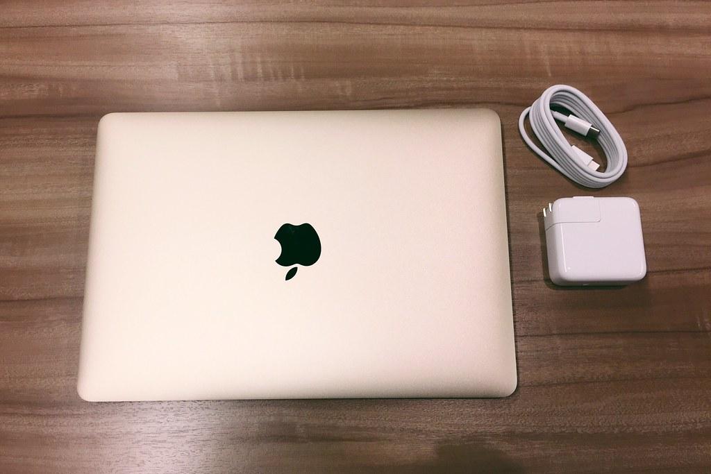 #Macbook #gold