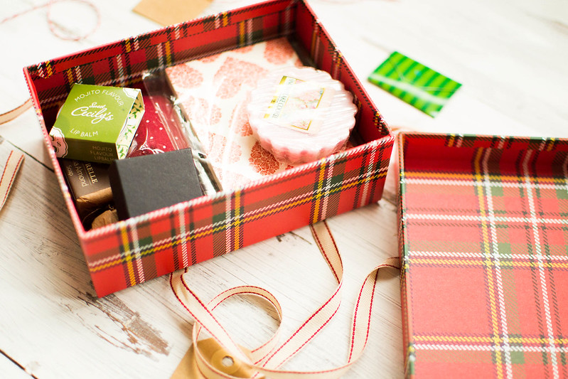 A very Christmassy Treats Box Giveaway!