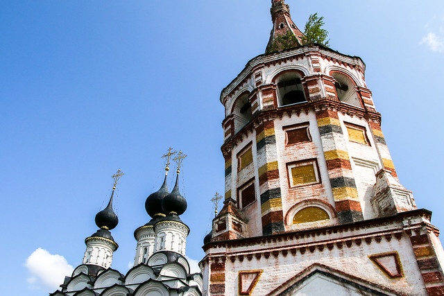 Saint Antipius and Saint Lazarus churches, Suzdal, Russia スズダリ、ラザルス教会