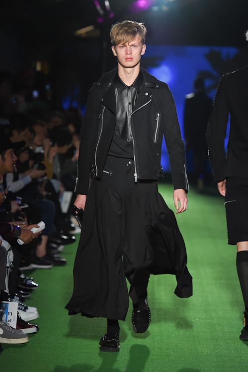 Jonas Gloer3011_SS15 Tokyo 99%IS-(fashionpress)