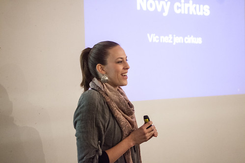Veronika Štefanová - přednáška o Novém cirkusu