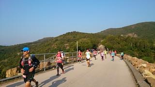 201501 HK100 ダムの上を走る