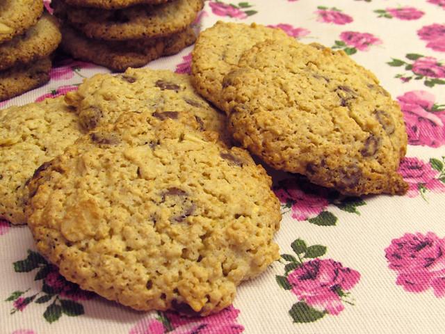 Cookies de aveia, chocolate e amêndoas
