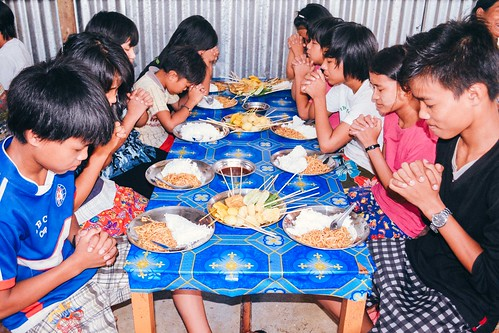 Myanmar: Children thankful for new dining room, kitchen improvements