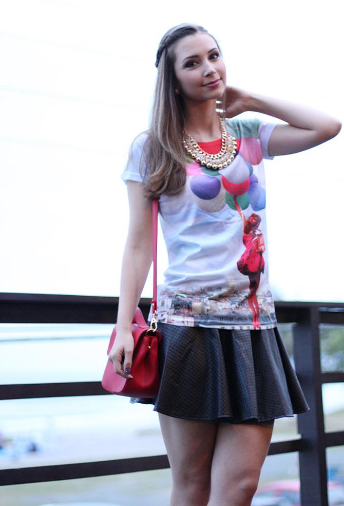 06-t-shirts de baloes com saia preta look do dia