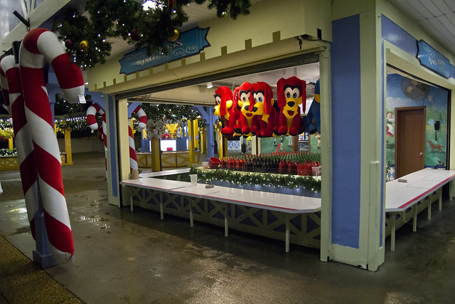 Busch Gardens Christmas Town Williamsburg Virginia Va Festhaus Arcade Flickr Photo Sharing