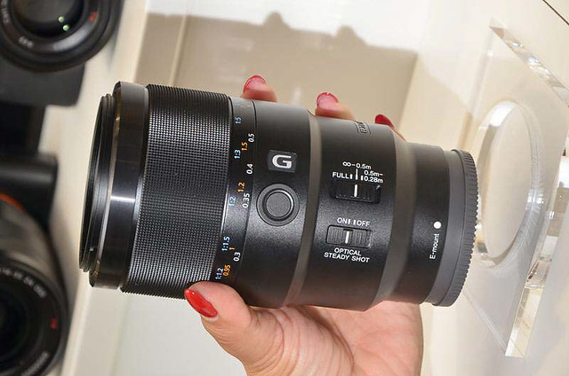 sony_90mm_hands_on_05.jpg