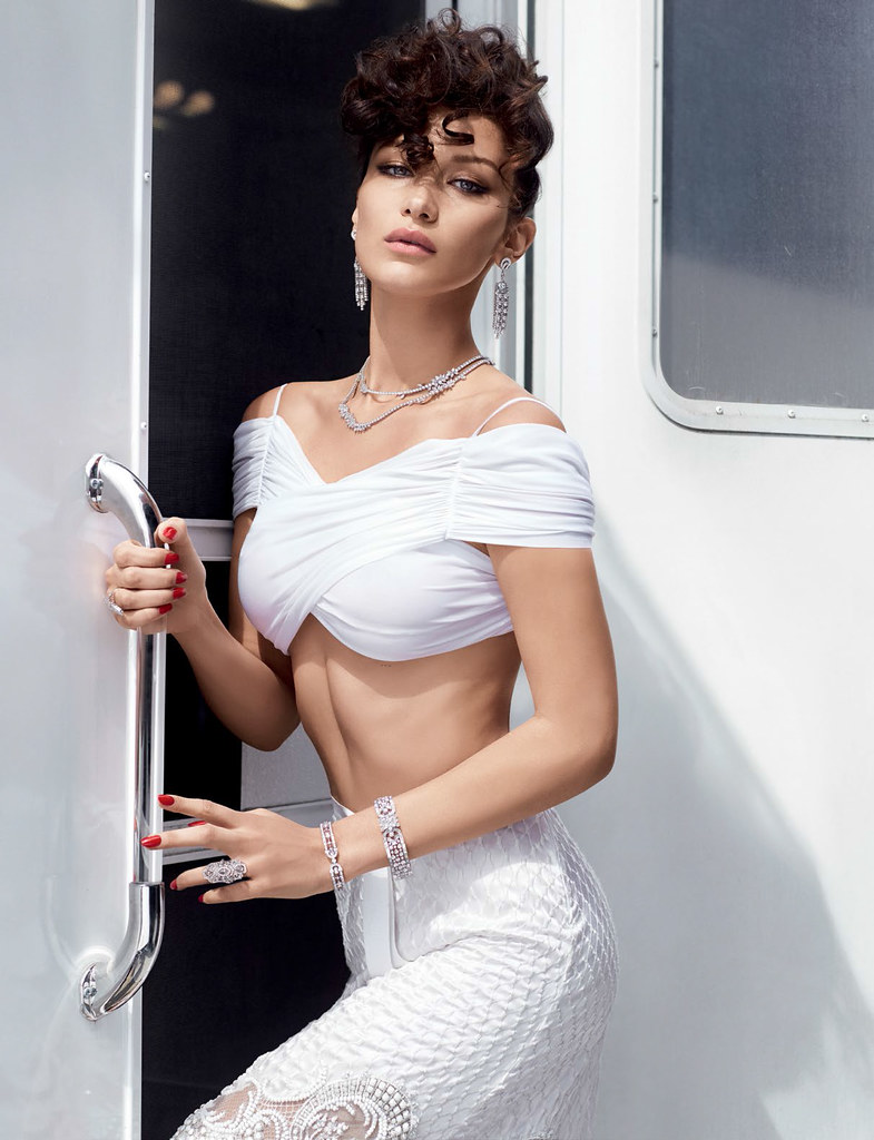 Белла Хадид — Фотосессия для «Vogue» TR 2016 – 11