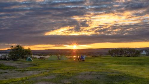 camping sunset sun iceland islandia puestadesol myvatn midnightsun reykjahlid acampada soldemedanoche