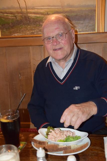 DSC_3166 Ashby Scunthorpe North Lincolnshire Malt Shovel Pub Prawn Cocktail Geoff Spafford