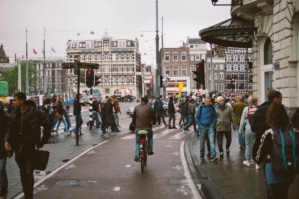 阿姆斯特丹 Amsterdam 踩單車 Amsterdam 踩單車 轆轆遊記。在 Amsterdam 踩單車的幾種路 15159339713 68cc81b37b b
