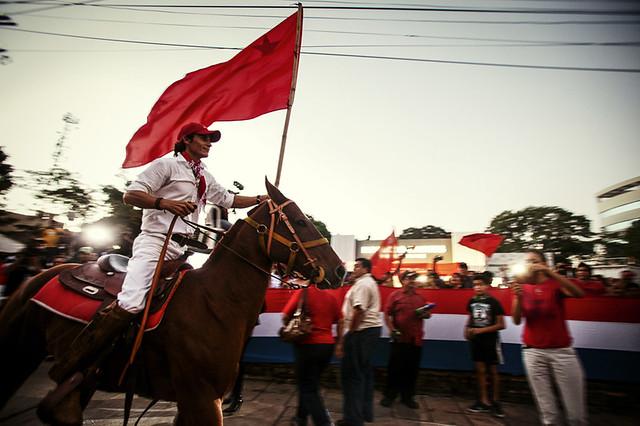 Carro de som - CURITIBA - 04/10/2014 - VOTO EM IMAGENS