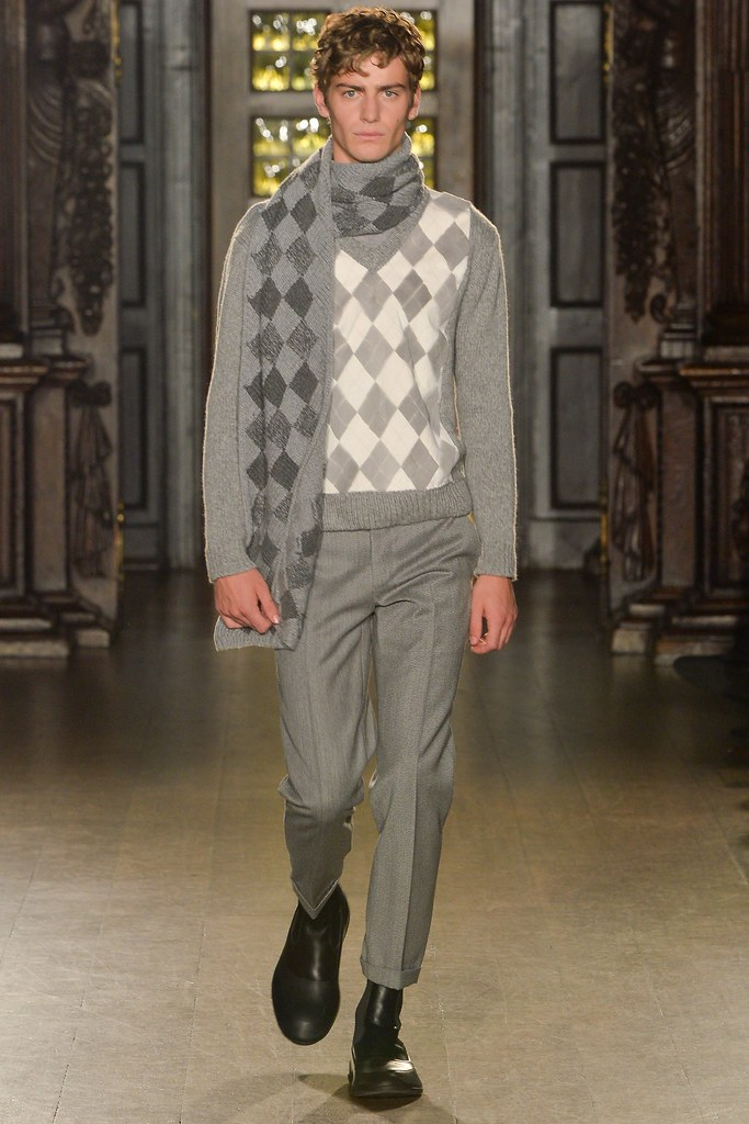 FW15 London Pringle of Scotland004_Ben Allen(VOGUE)