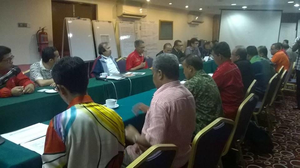 2014 - Majlis Keselamatan Negara. Mesyuarat bersama-sama Majlis Keselamatan Negara yang dipengerusikan oleh Yang Berhormat Dato Sri Mustapa Mohamed, Menteri Perdagangan Antarabangsa Dan Industri, Malaysia