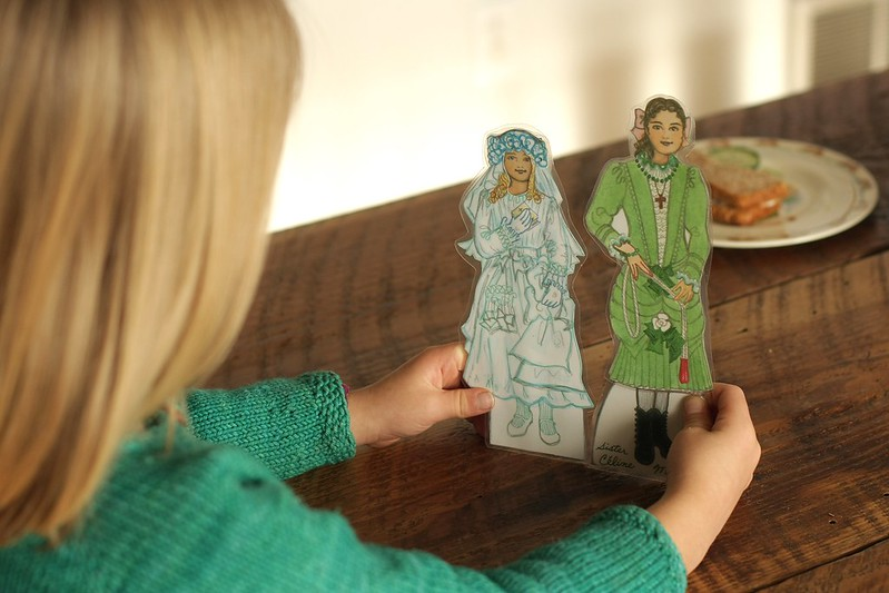 Saint Therese and her sister Celine paper dolls