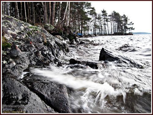 winter stone stormy shore tampere lakepyhäjärvi