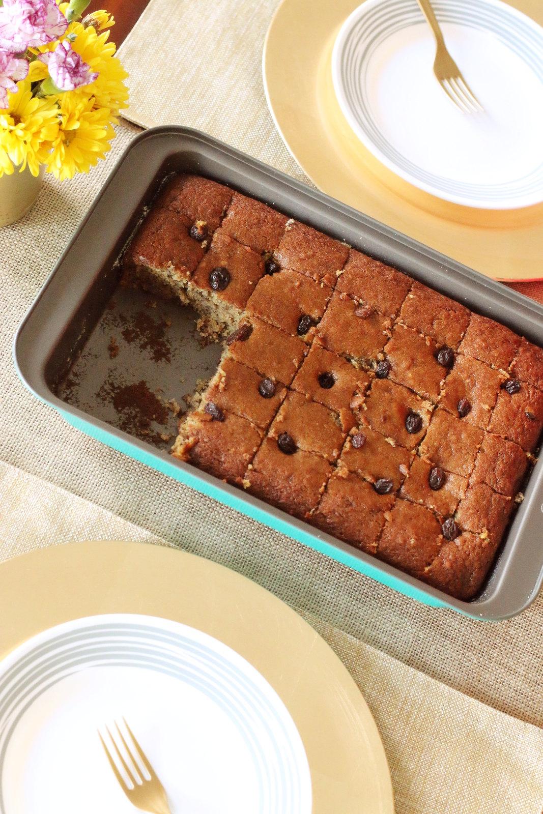 Bakers-Secret-banana-cake-2