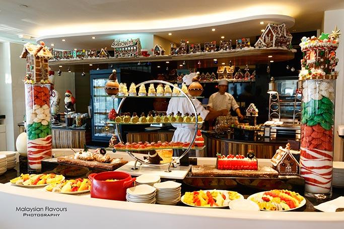 opulent-festive-buffet-vascos-hilton-kuala-lumpur-hotel