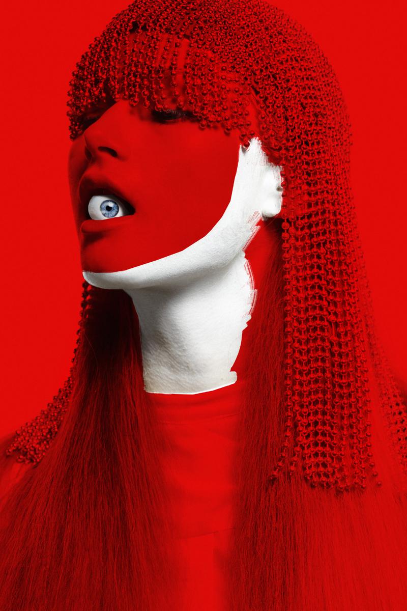 mikkoputtonen_fashionphotographer_london_schönmagazine_surreal_editorial_pauliinavesterinen_heidimarika_anneflink_johanna_paparazzi9