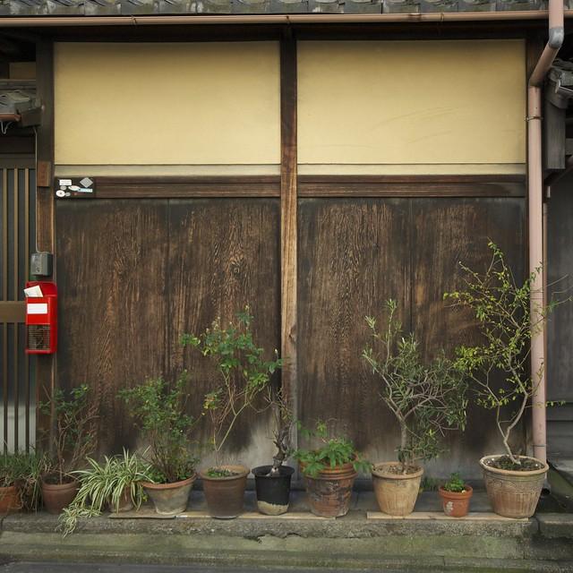 京都の裏通りにて