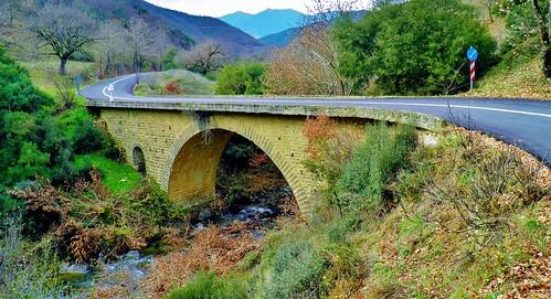 bridge lake nature landscape europe greece thessaly karditsa ελλαδα smokovo θεσσαλια λιμνη καρδιτσα sofades menelaida vissariou limnismokovou σοφαδεσ μενελαιδα σμοκοβο loutrasmokovou