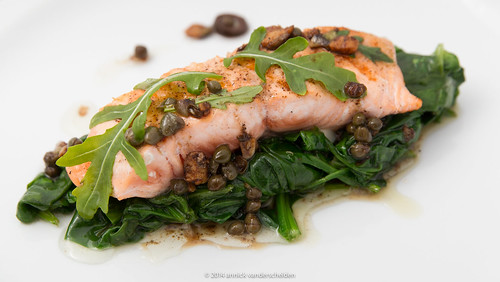 Grilled salmon with melted spinach and vinaigrette of capers.jpg