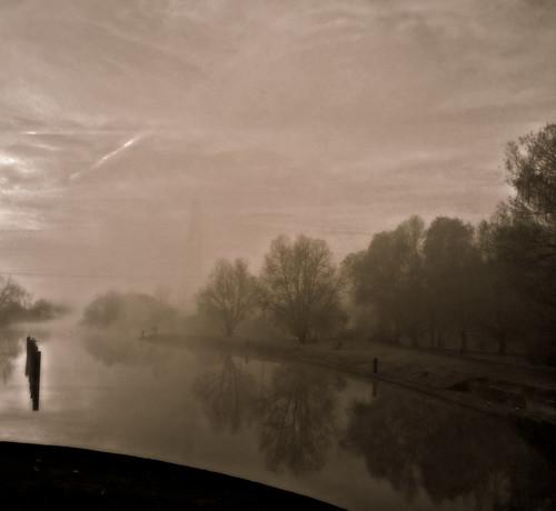 greatbritain england blackandwhite mist reflection fog sunrise oxfordshire