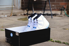 "Jordan 11 ""Legend Blue"""