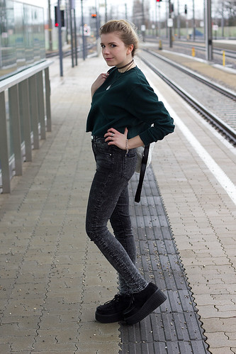 Brandy Melville ASOS Demonia creepers H&M eBay ShopDixi Parfois Grunge Goth Punk
