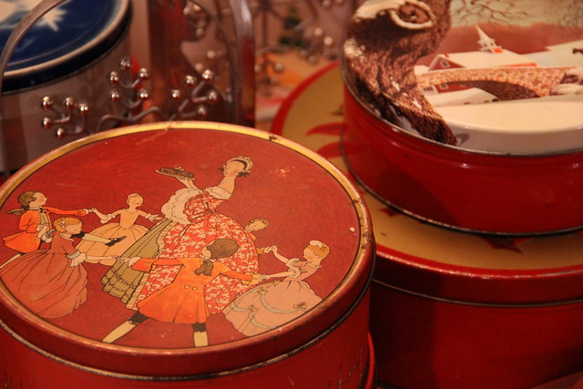 vintage cookie tins