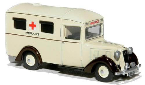 Oxford Austin ambulance (1)