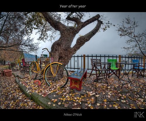 autumn lake leaves bicycle yellow cafe nikon colours year tripod hellas nikos greece after 8mm hdr manfrotto topaz kastoria photomatix ελλάδα φύλλα samyang λίμνη ποδήλατο κίτρινο φθινόπωρο onick καφετέρια d300s καστοριά μακεδονία χειμώνασ νίκοσ kotanidis κοτανίδησ