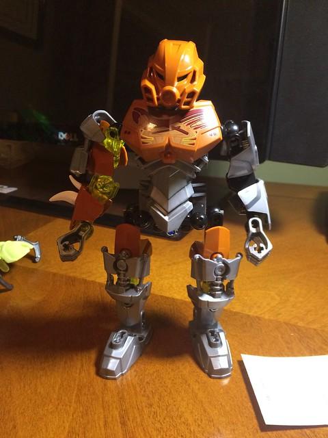 [Revue] LEGO Bionicle 70785 : Pohatu, Maitre de la Pierre 15612049479_c28963f2d0_z