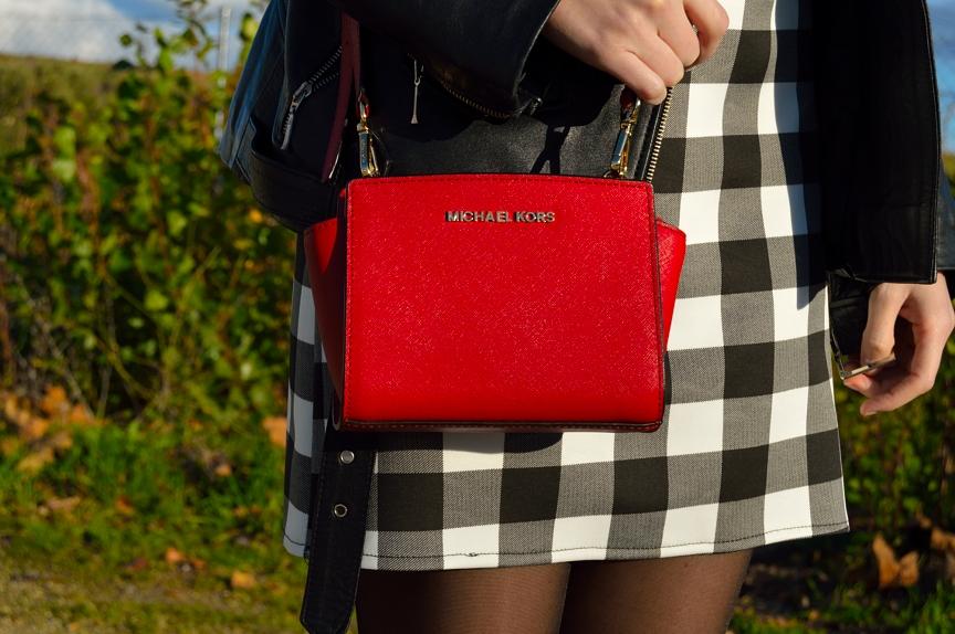 lara-vazquez-mad-lula-style-bag-kors-red-bag