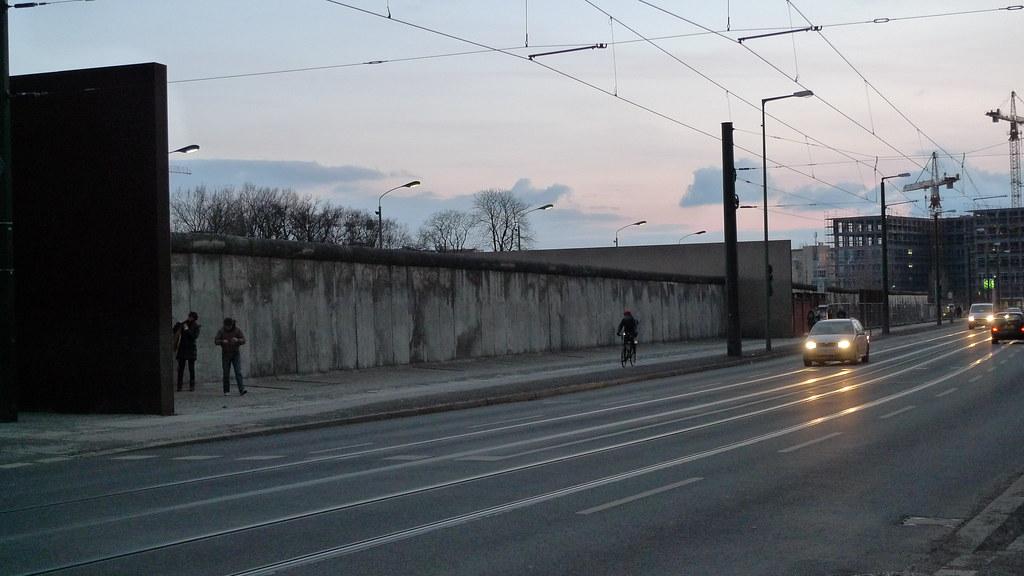 Berliinin muurin muistomerkki - Gedenkstätte Berliner Mauer
