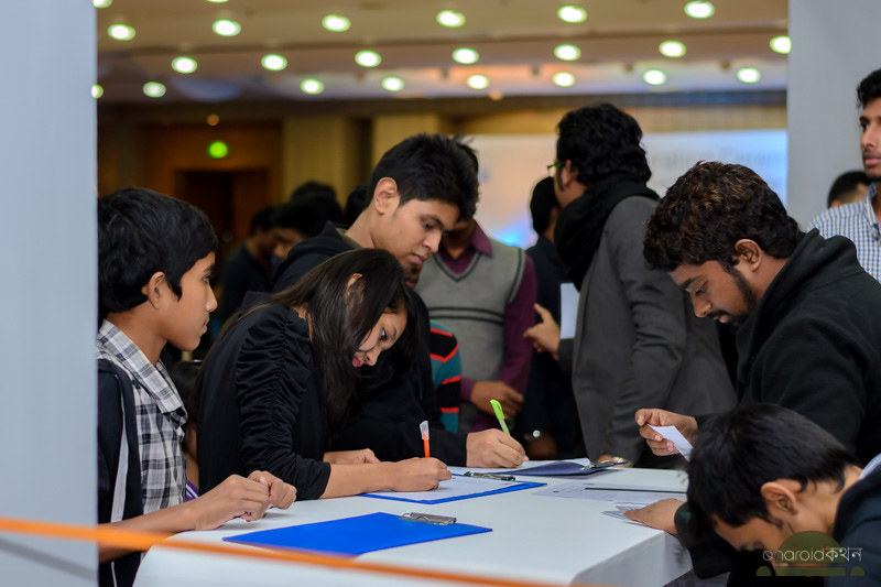 dhaka grameenphone smartphone and tab expo