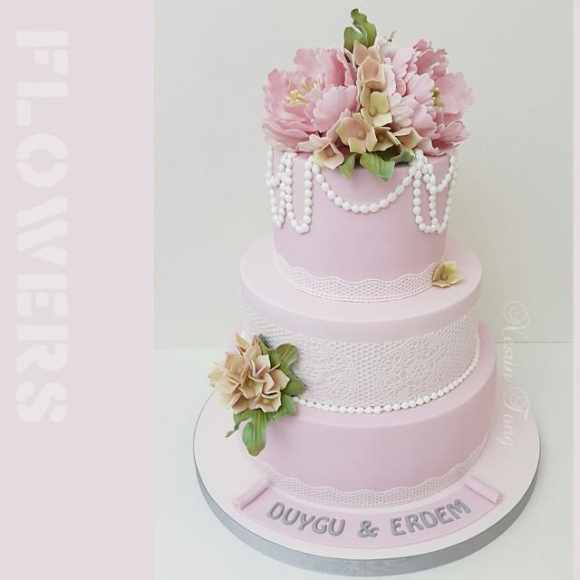 #sugarpasteflower  #sugarpeony  #peony  #handmadesugarpasteflowers  #sekerdencicek  #nesrintong