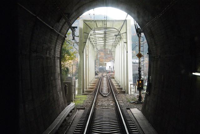 登山電車到高尾山口 - naniyuutorimannen - 您说什么!