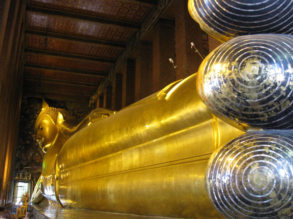Temple of the Reclining Buddha (Wat Pho)