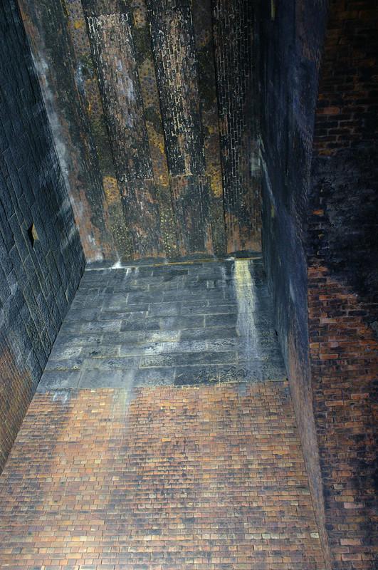 Looking up Kelvingrove Tunnel ventilation shaft