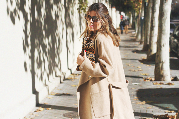 camel-coat-chelsea-boots-street-style-9