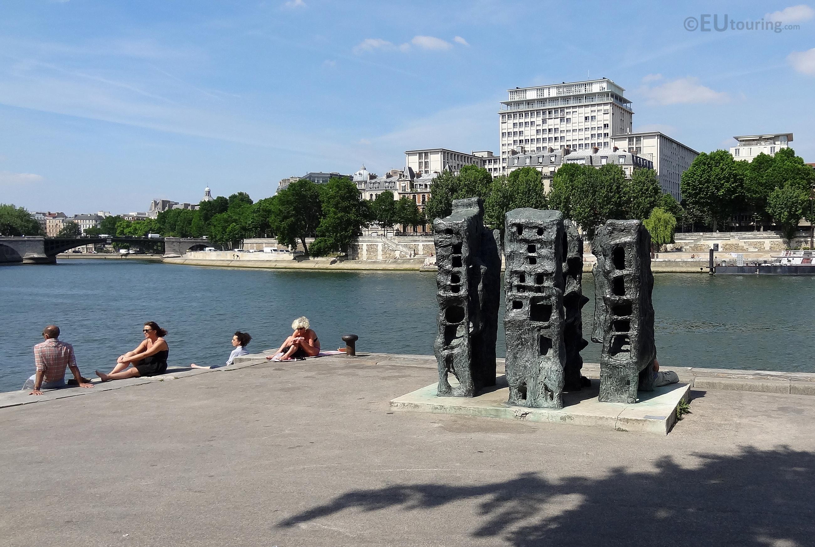Sculpture beside the River Seine