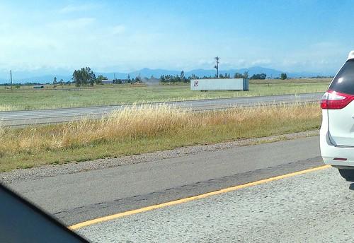 california redbluff freeway interstate5 i5 trailer tip transportinternationalpool