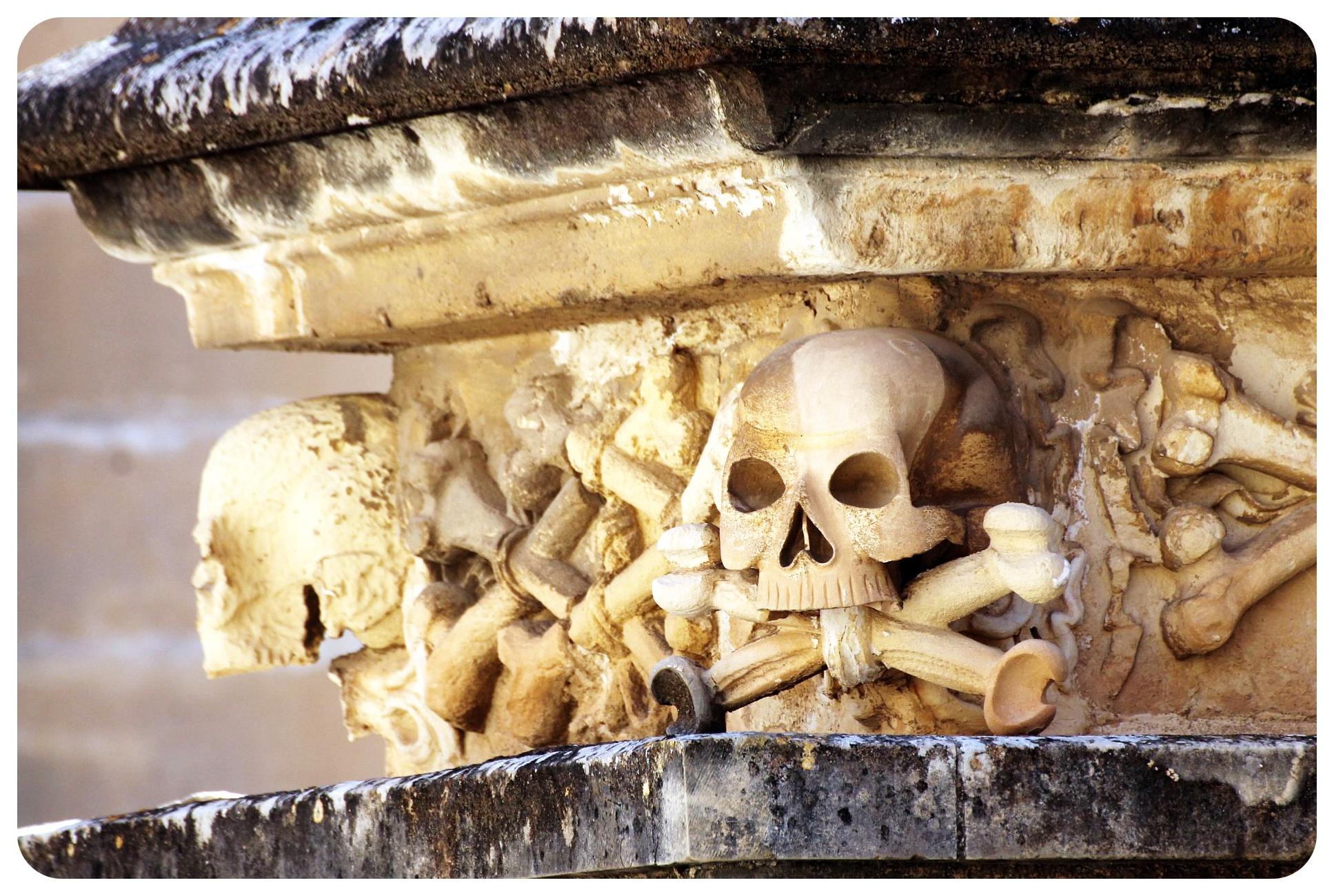 valletta malta skull sculpture
