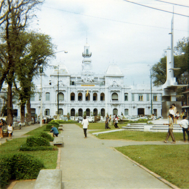 Saigon 1969 - Saigon City Hall - Photo by Bob Lee