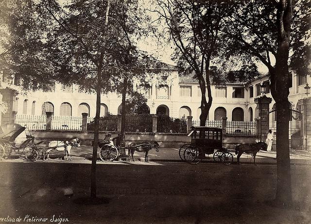 SAIGON ca 1885 - La Direction de l'Intérieur - Dinh Thượng thơ Nội vụ góc Tự Do-Gia Long, trước 1975 là trụ sở Bộ Kinh Tế